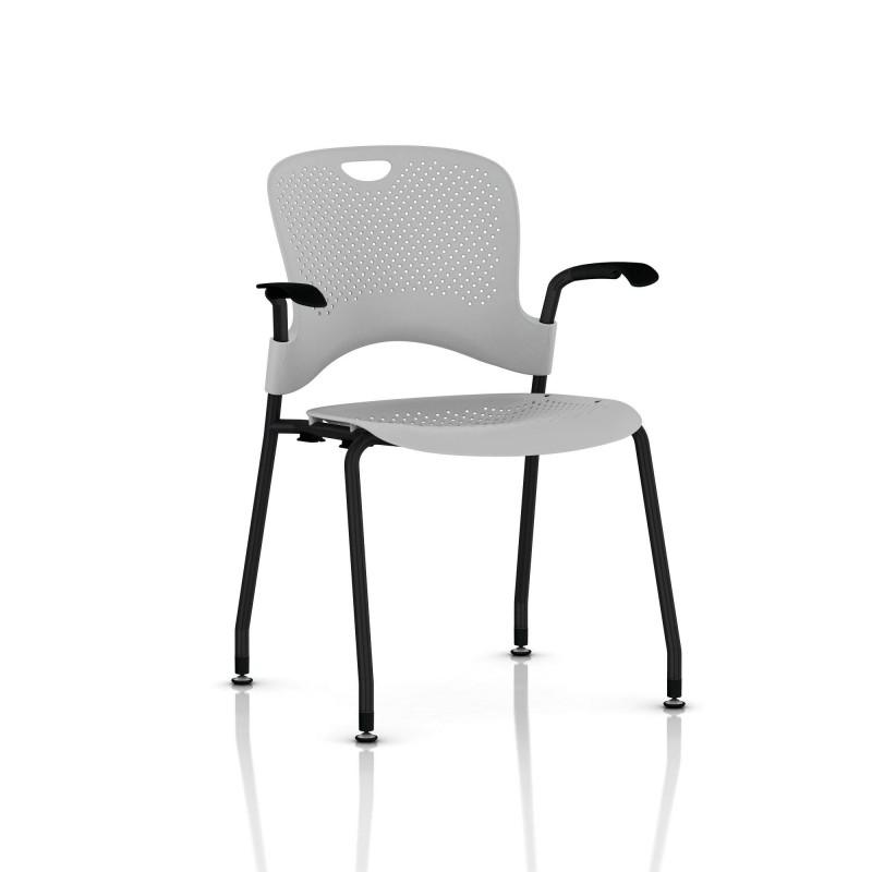 chaise caper herman miller avec accoudoirs patins sol dur noir assise moul e fog le bon. Black Bedroom Furniture Sets. Home Design Ideas