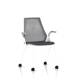 Sayl Side Chair Herman Miller Studio White / 4 Pieds - Roulettes / Dossier Suspension Slate Grey / Assise Tissu Krabi