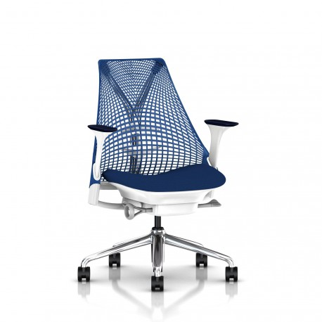 Fauteuil Sayl Herman Miller Alu Poli-Blanc / Dossier Suspension Berry Blue / Assise Scuba