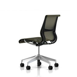 Siege Setu Herman Miller H-Alloy / Structure Graphite / Lyris Rattan