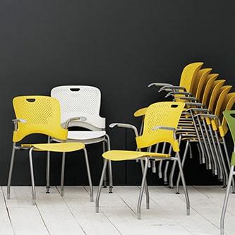 chaises empilables et siège de conférence herman miller